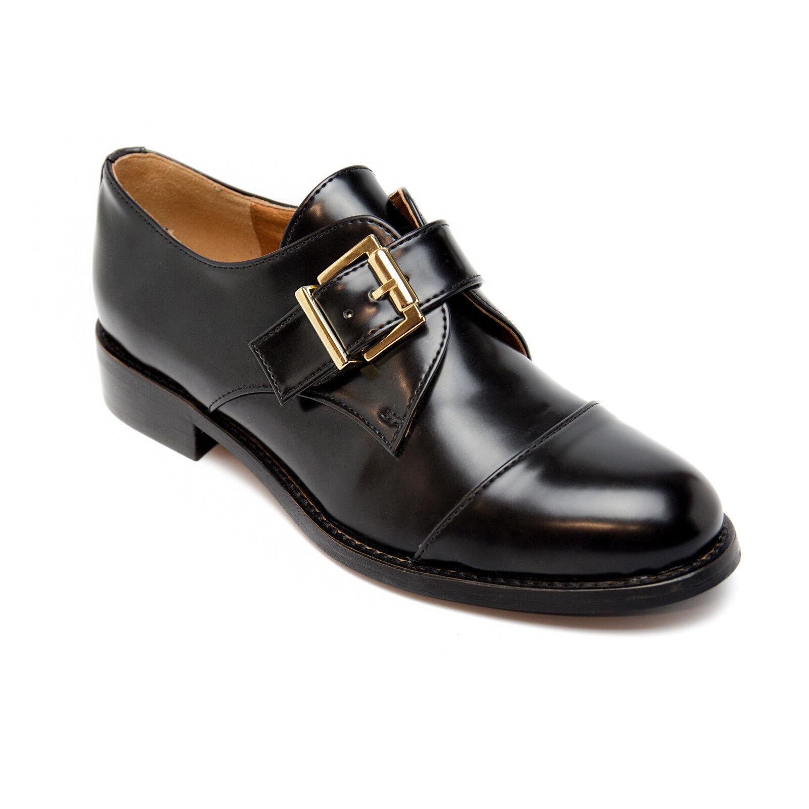 Vegane, schwarze Mönch- Strap Schuhe mit einem verstellbaren Riemen und Schnalle