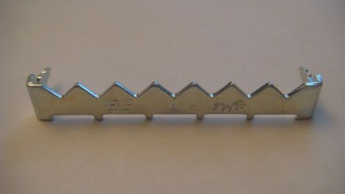 400 LG AMS ZINC PLATED  SAWTOOTH HANGER 2 INCHES NAILESS PICTURE HANGERS SAMPLE