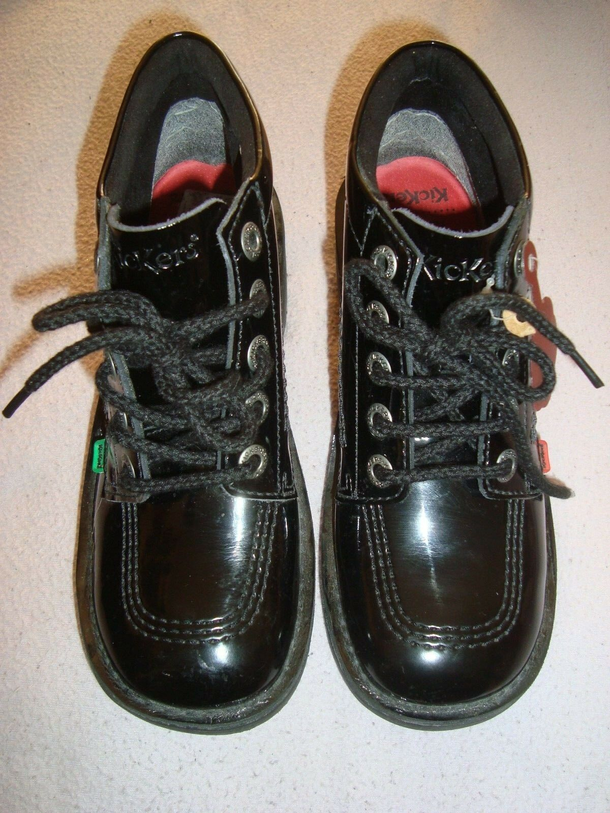 Kickers EU 38 Scarpe con Tacco in Vernice Nera Scarpe Stivali
