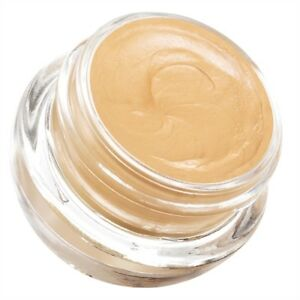 Avon-Eyeshadow-Primer-Helps-eyeshadow-last-longer-and-stay-bright
