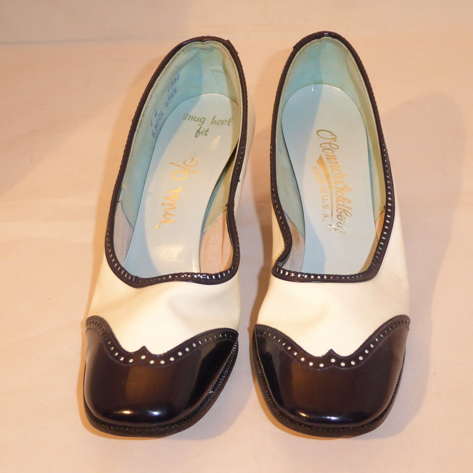 Vintage O'Connor goldberg White Black Leather Pumps 7 C Oxford Two Tone Miss O G
