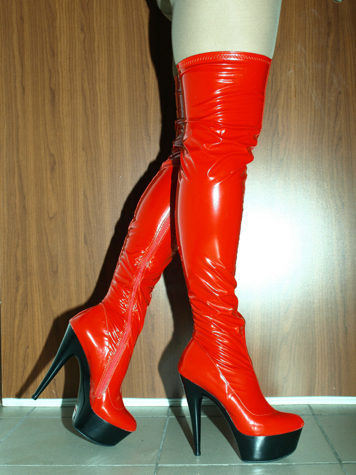 redhead-rubber-bottom-boots