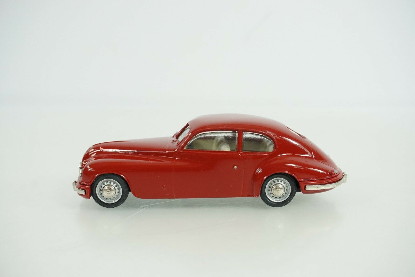 Pathfinder Models Die Cast 1952 Bristol 401 Item No. 3 New VERY NICE