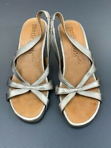 Gentle Souls Lisa Lee Women's Wedge Platform Sandals Silver Size 7.5 M
