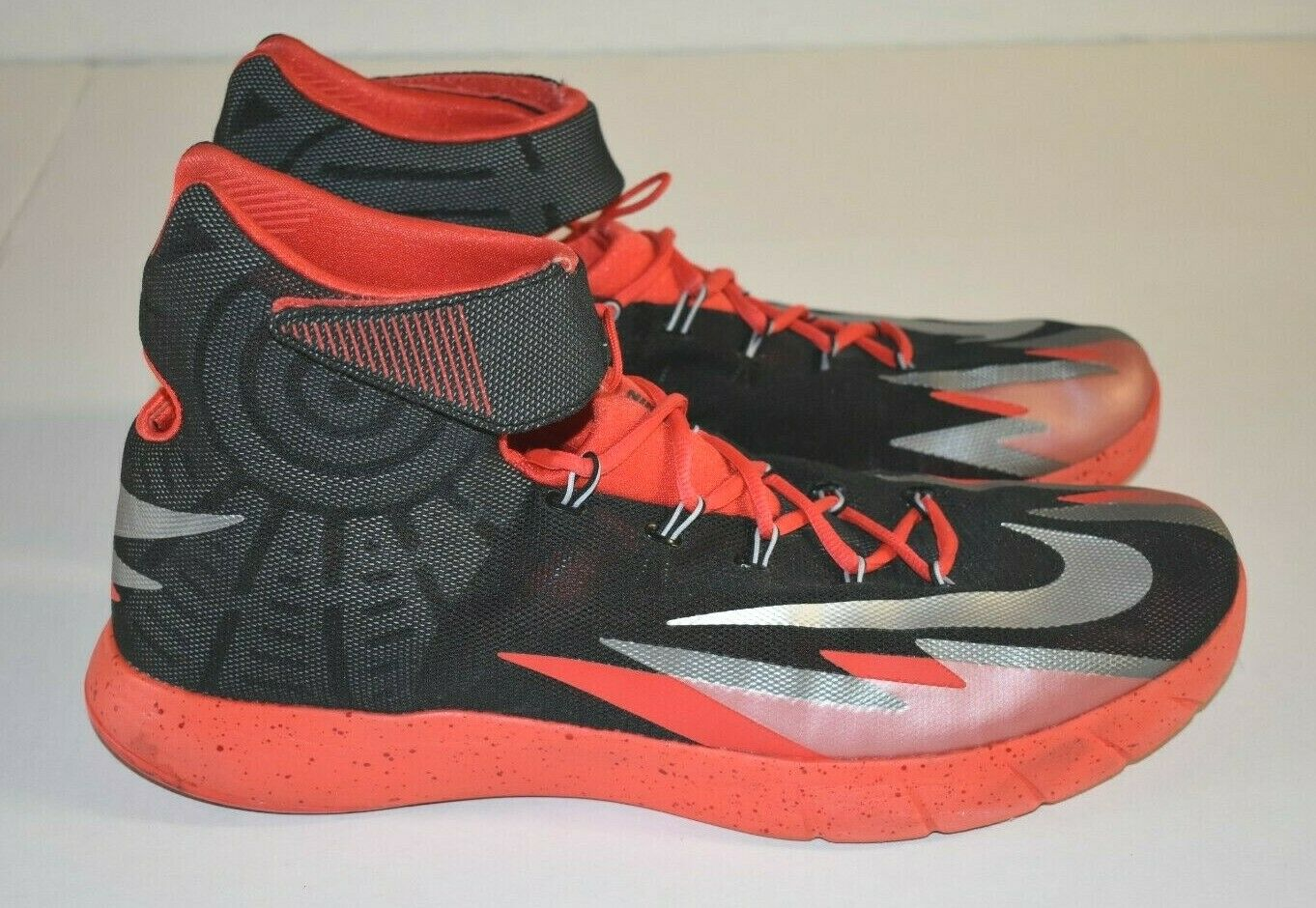 NIKE Zoom HYPER-REV 630913-001 Black Red Basketball Sneakers Men's SIZE 15