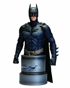 Dc Collectibles.   Le chevalier noir Batman Buste 17cm