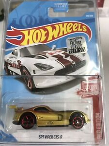 Hotwheels-stock-custom-SRT-VIPER-GTS-R