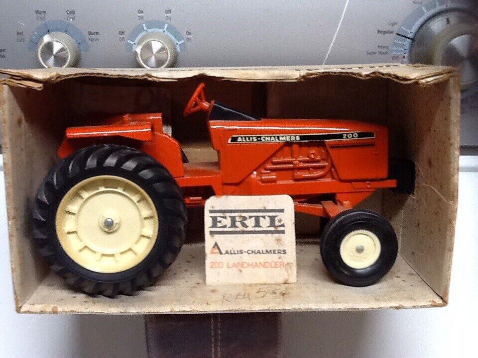 costo effettivo (1973) (1973) (1973) tuttiis Chalmers modello 200 Leheler giocattolo Tractor, 1 16 Scale, NIB  risparmia fino al 70%
