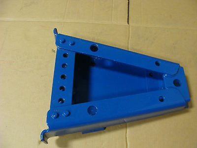 FORD TRACTOR ORIGINAL HEAVY DUTY DRAWBAR HANGER ASSEMBLY 4600 5000 5200 6600