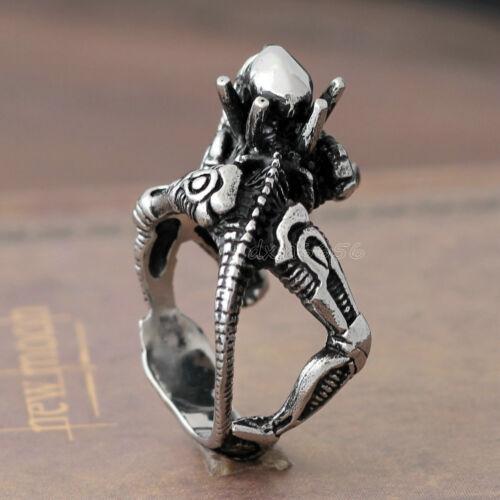 Men/'s 3D Black Silver Alien Skull Fierce Predator Stainless Steel Heavy Ring