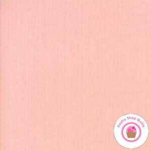 Pink Quilting Fabric Moda Fabric Bella Solids Bubble Gum Sold Per 1//4 Metre