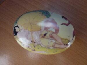 ART-DECO-EROTIQUE-PORCELAINE-BIJOU-PILL-BOX-GERDA-WEGENER-FAUN-MEPHISTO-932-3A
