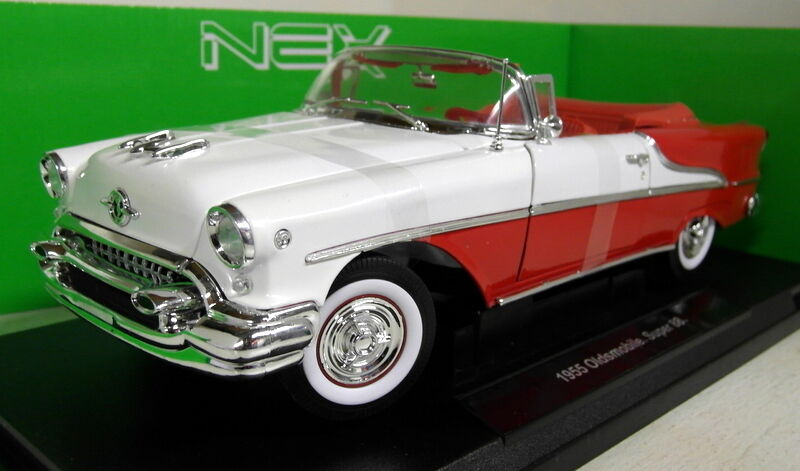 Nex 1 18 Scale 19869W 1955 Oldsmobile Super 88 Cabrio Two Tone Diecast model car