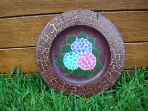 WOODEN DECORATIVE HAND PAINTED HYDRANGEA FOLK ART PLATE