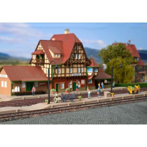 43539 Bahnsteig NeuffenVollmerH0Neu