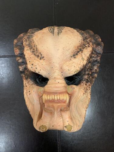 Predator Mask (HIGH QUALITY LATEX REPLICA)