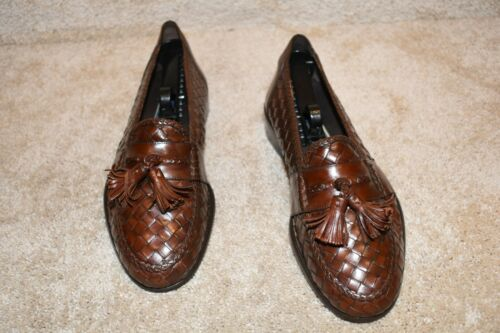 """GORGEOUS BRAGANO COLE HAAN """"WOVEN"""" LOAFERS 9 M $32"""