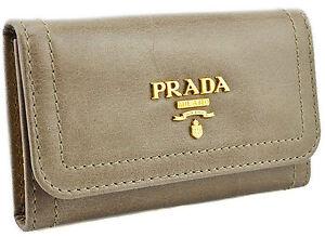 295-PRADA-Gray-en-Cuir-Beige-Vitello-Shine-cles-etui-Porte-Bague-nouvelle-collection