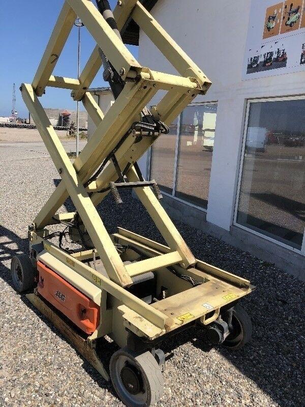 Saxlift 3246ES