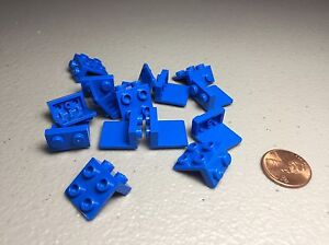 LEGO Brackets Blue 1x2/2x2 Lot of 15 - NEW - Authentic 44728