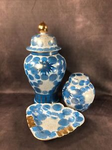 Japanese KUTANI Set of Urns or vases and an Ashtray - porcelain Blue & Gold Leaf