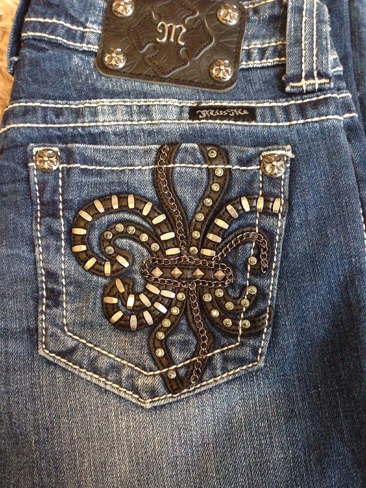 NWT  Miss Me Jeans Boot Cut Leg - Size 27 - JP6048B