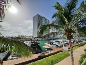 Casa en Venta o Renta  Puerto Cancún Marina Condos