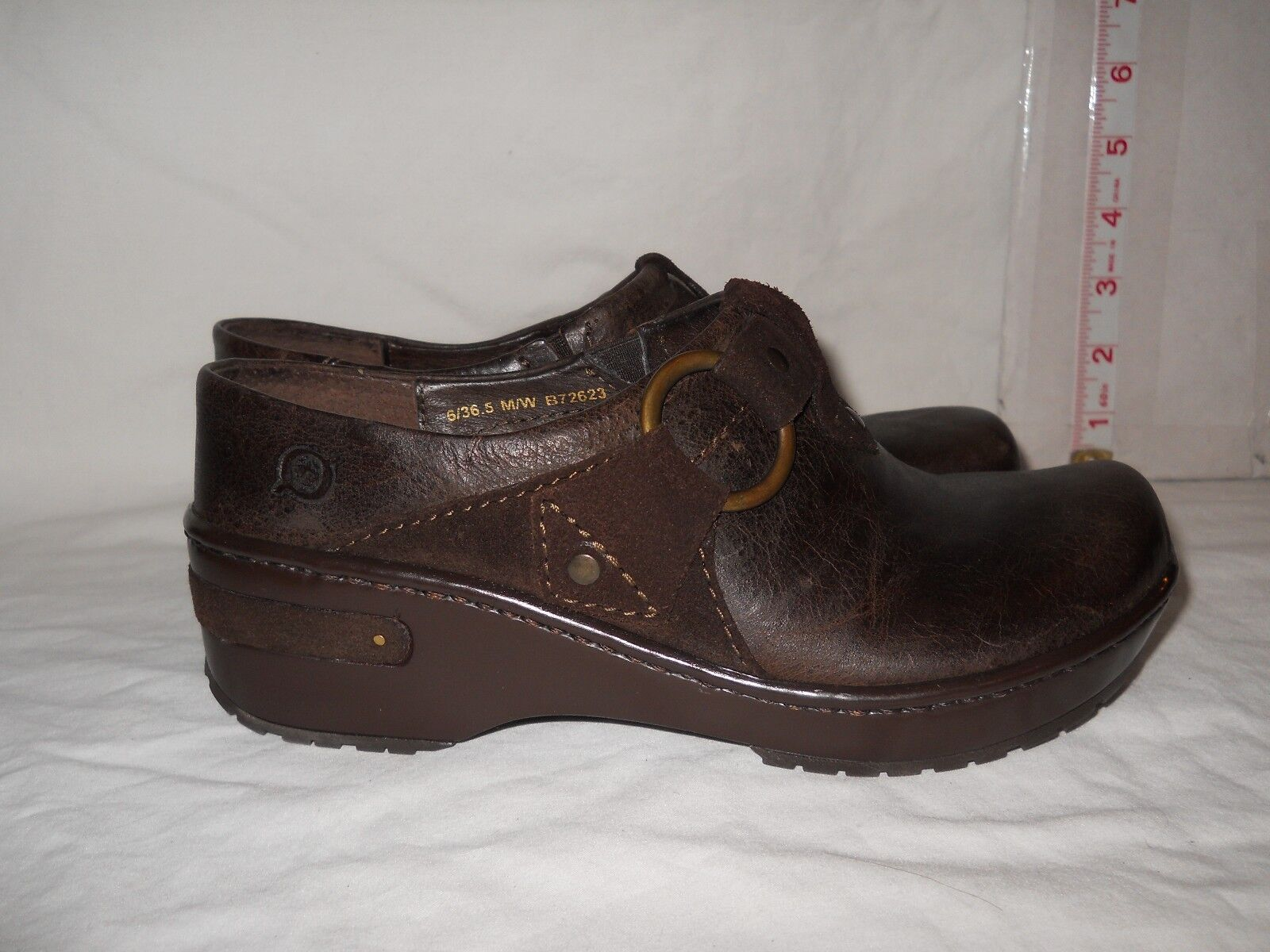 Born New femmes Flor Dark marron Clogs 6 M chaussures NWOB
