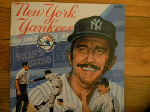 ! LOT 2 1983 NEW YORK YANKEES Official Yearbook Rookie Don MATTINGLY POSTCARDS