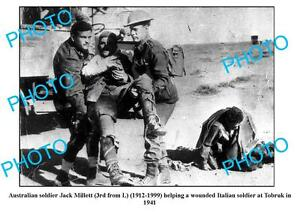 OLD-LARGE-PHOTO-AUSTRALIAN-ANZAC-SOLDIER-HELPING-ITALIAN-WOUNDED-TOBRUK-c1941