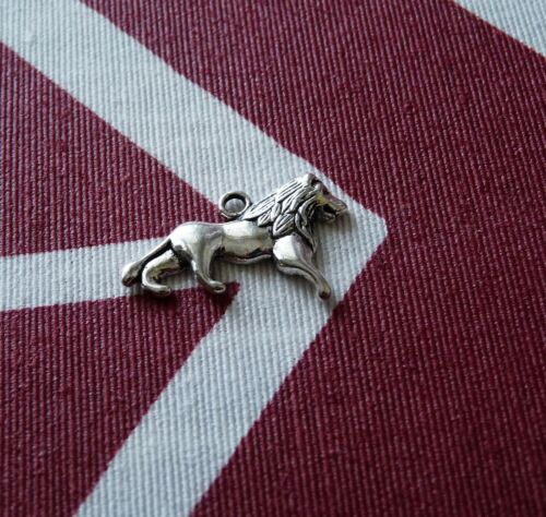 10pcs Lion Pendant Necklace Charms for Bracelet Leo Silver Tone Löwe Wild Animal