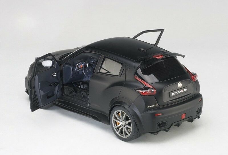 Autoart 2016 Nissan Juke R 2.0 nero Mate Compuesto en 1 18 Escala Nuevo Stock