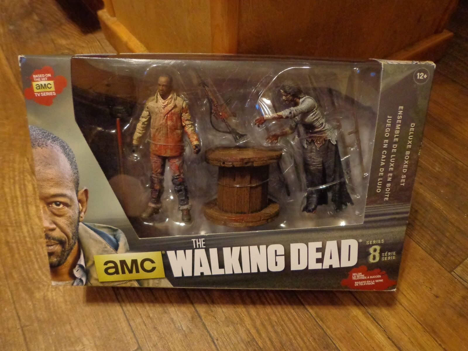 2015 MCFARLANE TOYS--THE WALKING DEAD--MORGAN & IMPALED IMPALED IMPALED WALKER FIGURE SET (NEW) 6e36d3