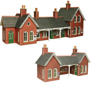 Metcalfe-Country-Station-OO-Gauge-Card-Kit-PO237