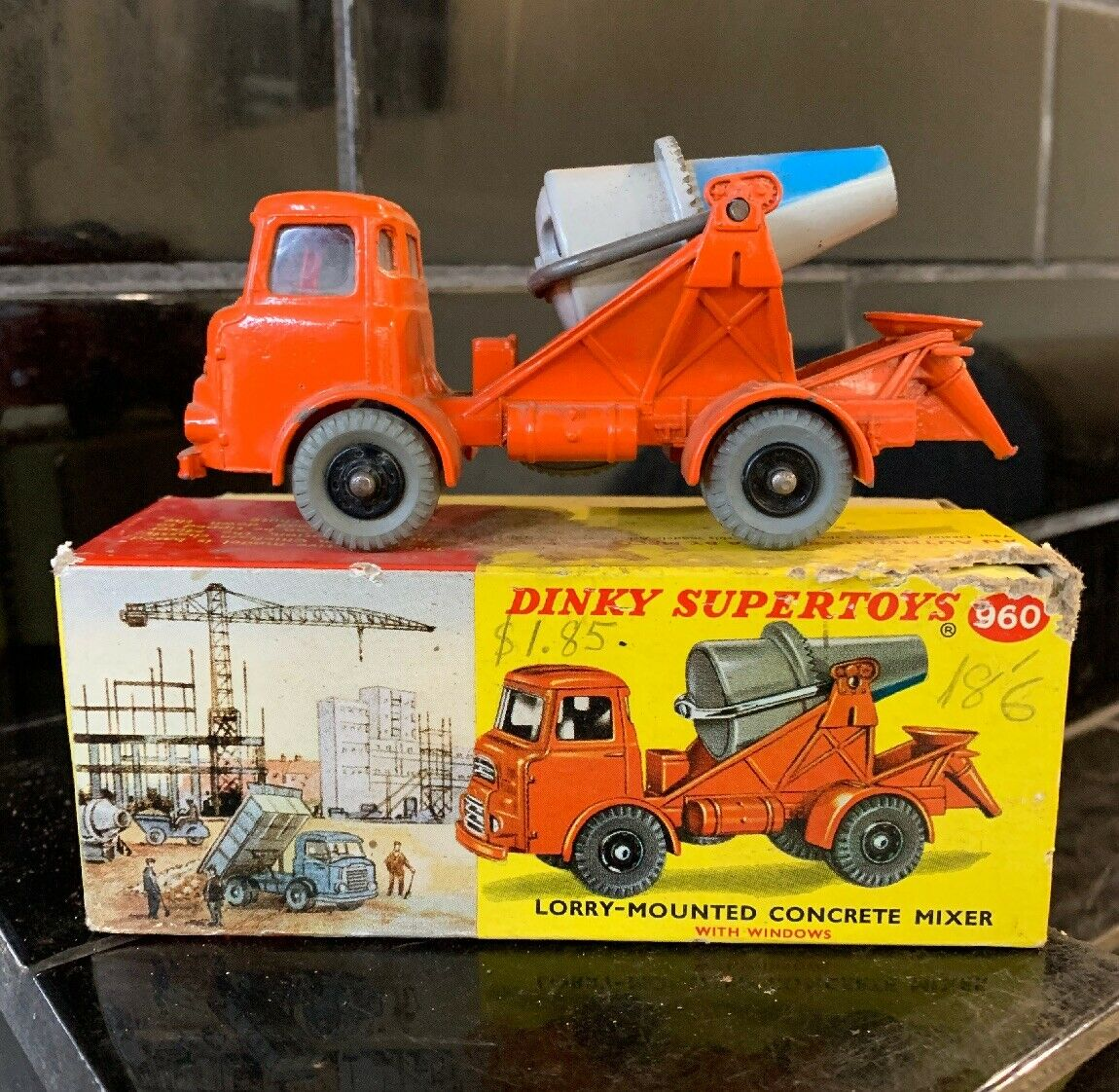 DINKY SUPERSpielzeugS LORRY-MOUNTED CONCRETE MIXER Nr.960 Jahrgang Diecast Spielzeug BOXED