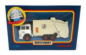 Matchbox-Superkings-K-133-Iveco-Refuse-Truck-LKW-weiss-Macau-OVP