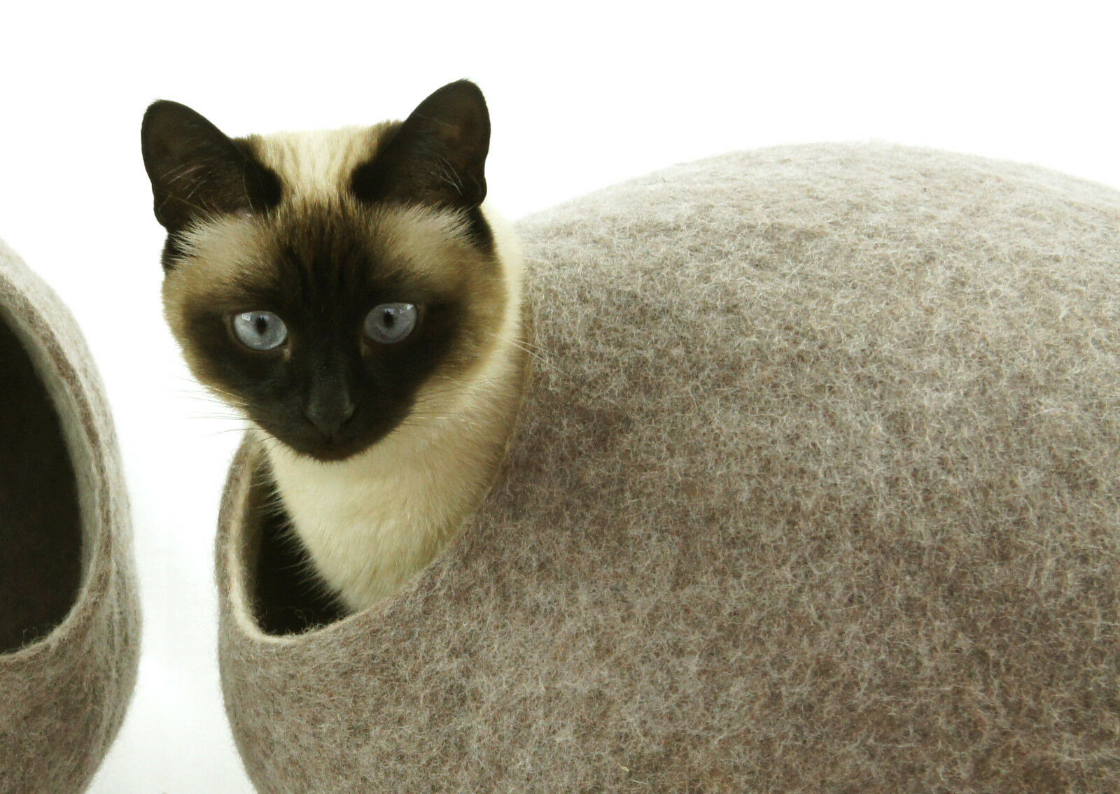 Cat cave bed,house,from 100% wool for pet. handmade Coloreeee Sand Marroneee  Dimensione L.