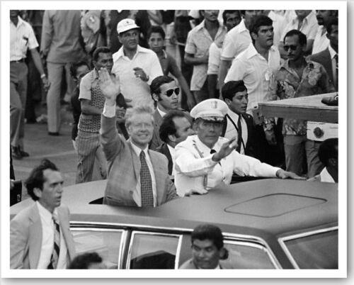 Jimmy Carter /& General Omar Torrijo In Panama Motorcade 8x10 Silver Halide Photo