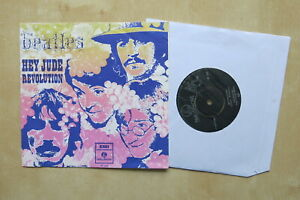 THE-BEATLES-Hey-Jude-Revolution-Original-Dutch-7-034-in-picture-sleeve-1968