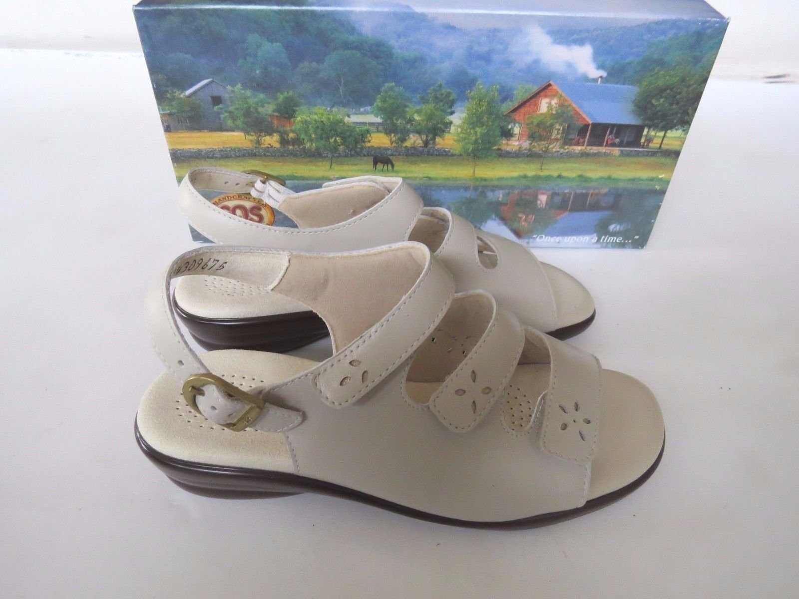 SAS  adjustable slip on ankle strap sandals shoes Bone Quatro USA comfort 6.5 W