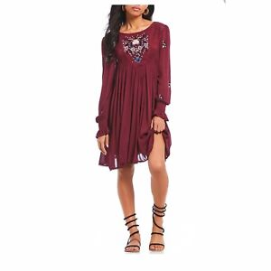 827e2ba2d50f5 FREE PEOPLE MOHAVE EMBROIDERED MINI DRESS IN PLUM NWT-SIZE XS | eBay