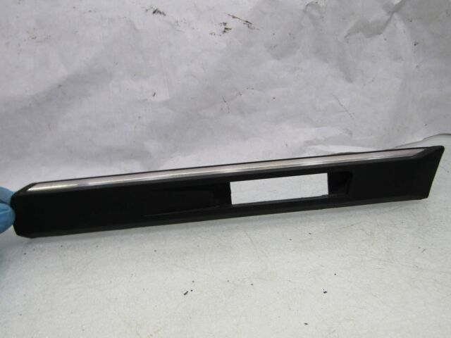 BMW 7 series E38 91-04 750 RH right front wing indicator light trim surround #Tu