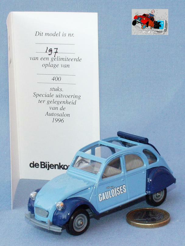 Solido Bijenkorf 1 43   Citroën 2cv Gauloises y compris son certificat (N+B)