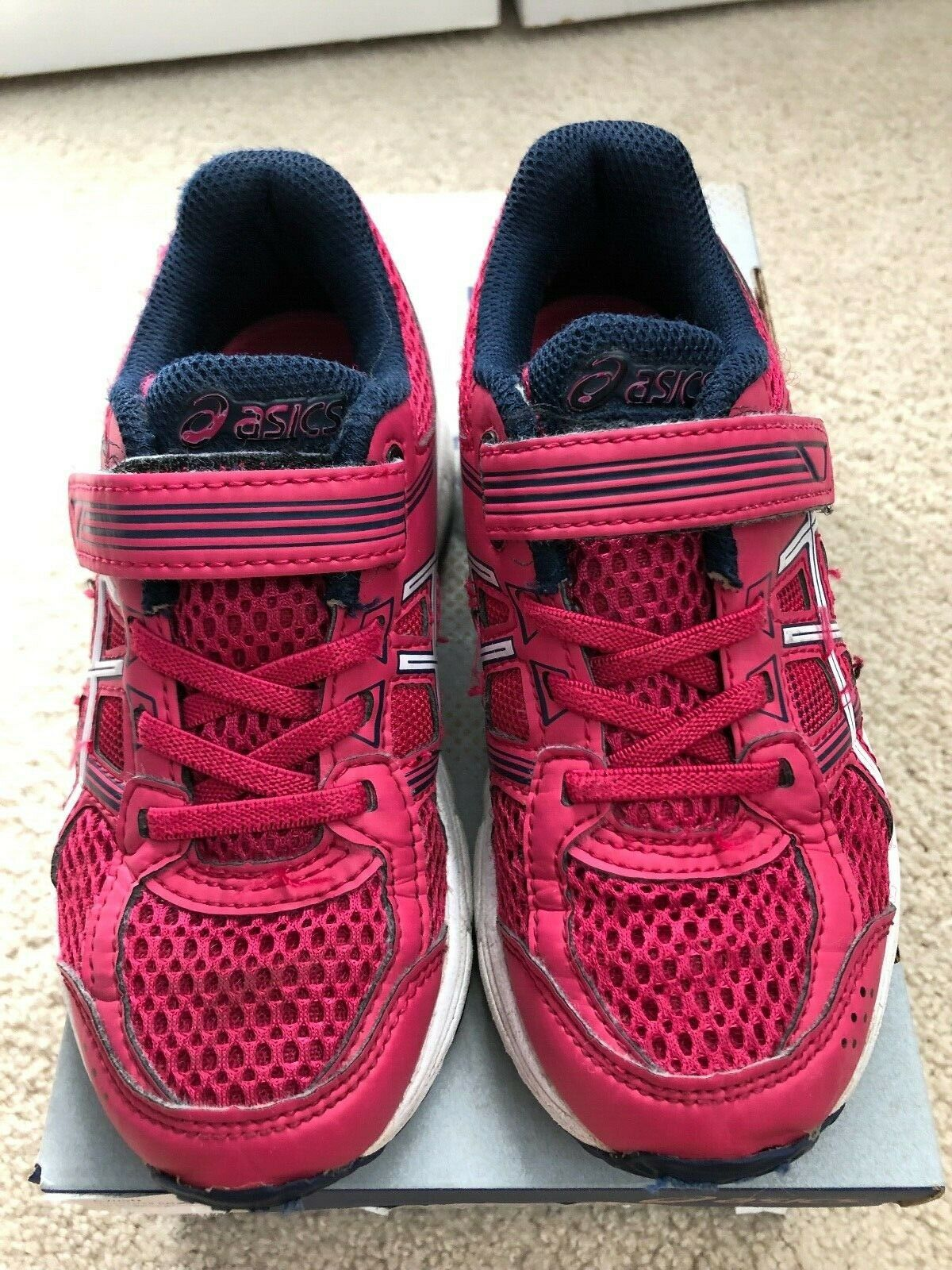 NWOB ASICS Girls Pre-contend 4 PS