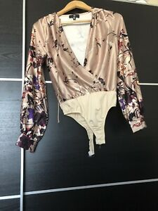 Brand-New-Missguided-Gold-Floral-Bodysuit-Size-6