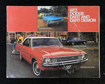 1990 Chrysler Town /& Country Van Sales Brochure Folder