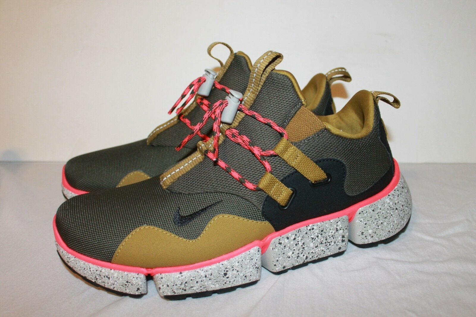 Nike Pocket Knife DM Desert Moss  Sample 898033-300 Size 9.5