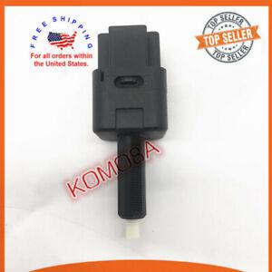 25320-AX00C Brake Lamp Stoplight Switch Stop Light Switch for Nissan Frontier Maxima NV1500 NV2500 NV3500 Titan Versa Xterra