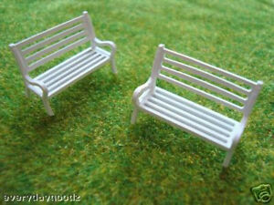 16pcs-Model-Train-Layout-1-87-HO-Scale-Bench-Chair-wh