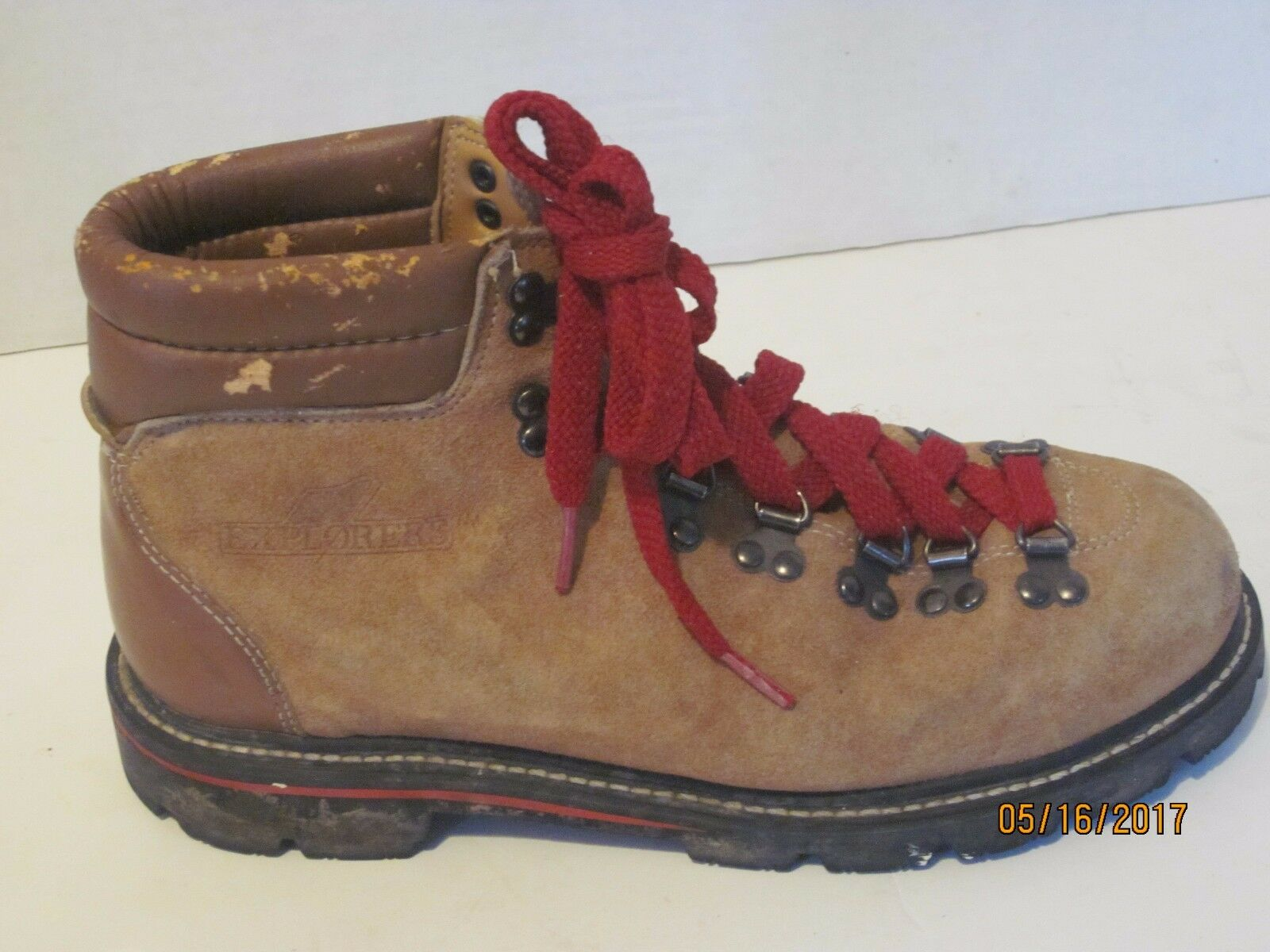 Explorers Vintage Men's Hiking  Mountaineering Boots Size 8.5 s2